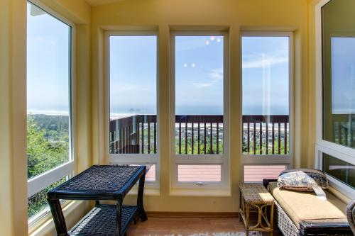 Pacific Coast Views - Rockaway Beach, OR Vacation Rental