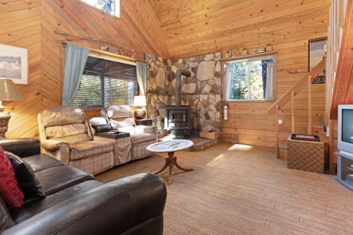 Sabala Cabin - Bandon, OR Vacation Rental