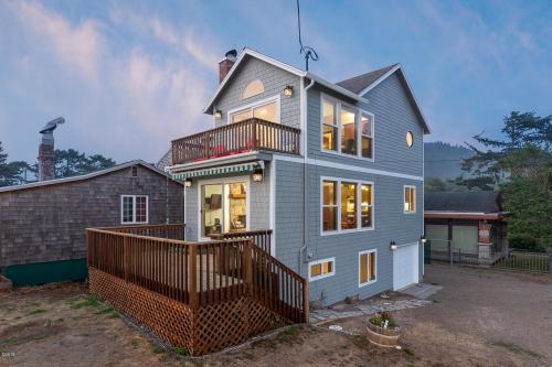 Maes R&R - Neskowin, OR Vacation Rental