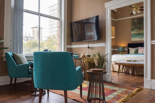 The Aqua Suite - San Antonio, TX Vacation Rental