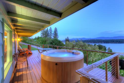 Top 27 Sagle Vacation Rentals From $50