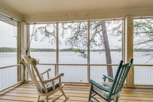 Selah Lakefront Retreat - Standish, ME Vacation Rental