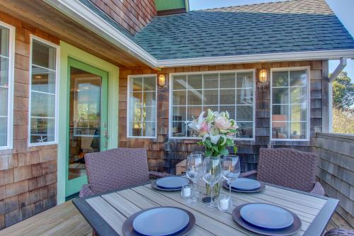 The Green Door - Gearhart, OR Vacation Rental