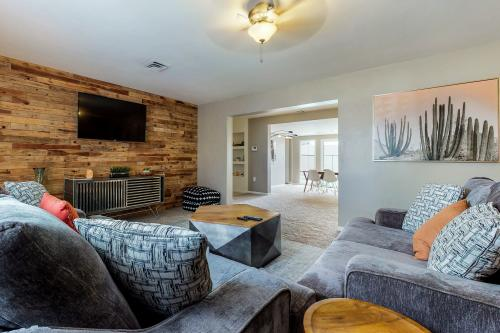 Large Private home in Camelback Corridor - Phoenix, AZ Vacation Rental