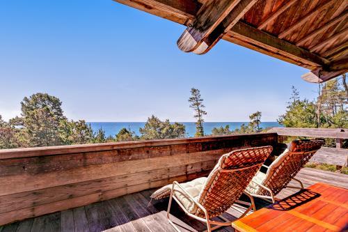 Cedar Rose - Jenner, CA Vacation Rental