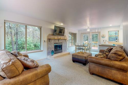 Sand Castle Beach Home - Westport, WA Vacation Rental