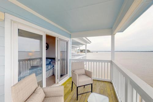 Dolphin Watch - Pensacola, FL Vacation Rental