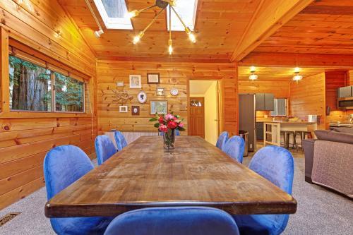 Cabernet Cabin - Guerneville, CA Vacation Rental
