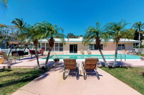 Peaceful Hideaway - Holmes Beach, FL Vacation Rental