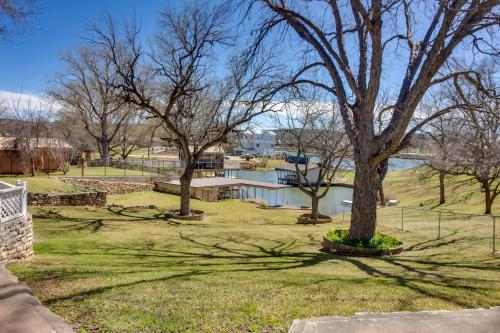 Paradise Cove - Kingsland, TX Vacation Rental