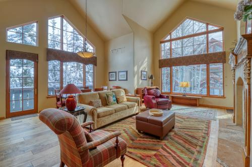 Spruce Tree Lodge #208 - Edwards, CO Vacation Rental