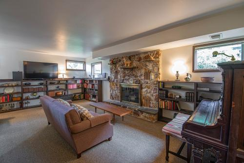 South Sandpoint Home - Sandpoint, ID Vacation Rental