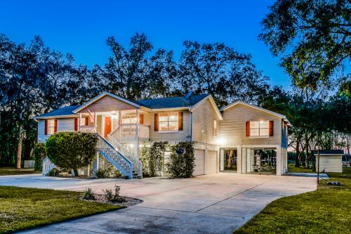 River House - Palatka, FL Vacation Rental