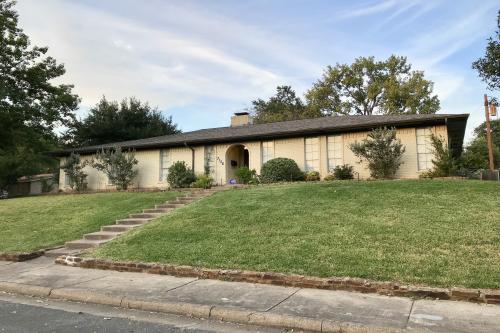 Dallas Getaway - Dallas, TX Vacation Rental