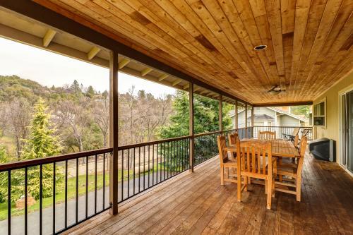Rock Canyon Lodge - Groveland, CA Vacation Rental