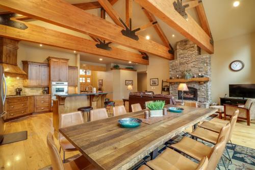 Caldera Lodge on the Pond - Sunriver, OR Vacation Rental