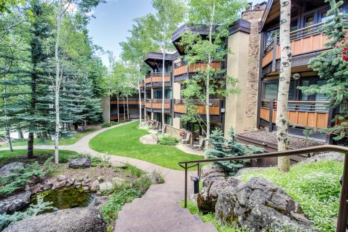 Cozy Slopeside Condo -  Vacation Rental - Photo 1