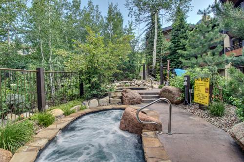 Cozy Slopeside Condo - Snowmass Village, CO Vacation Rental