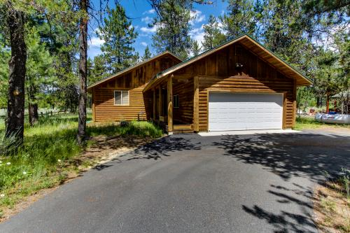 Strawberry Log Cabin Retreat - McCall, ID Vacation Rental