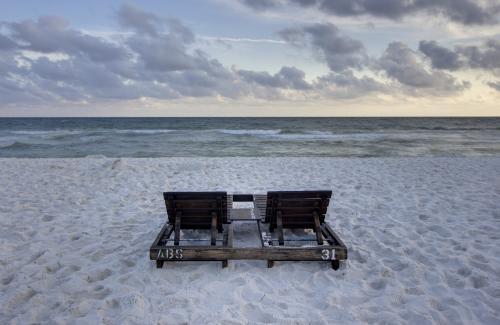 Gulf Gate 412 -  Vacation Rental - Photo 1