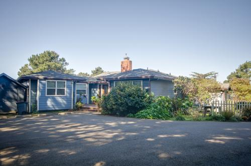Headlands Cove -  Vacation Rental - Photo 1