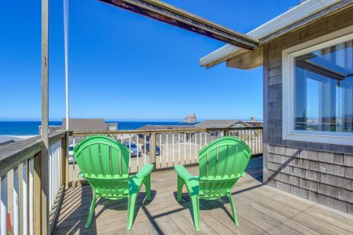 The Kiwanda Surf House -  Vacation Rental - Photo 1