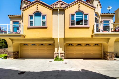 Pismo Beach Combo Townhomes - Pismo Beach , CA Vacation Rental