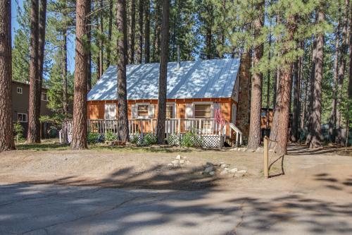 Cozy Bobby Grey Manor - South Lake Tahoe, CA Vacation Rental