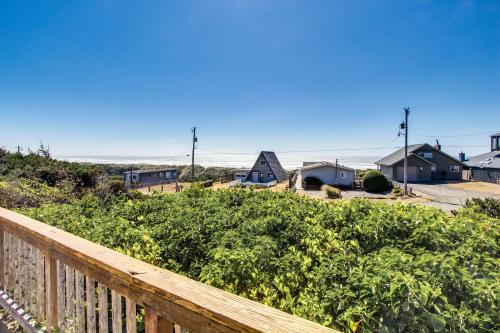 Surf View - Florence, OR Vacation Rental