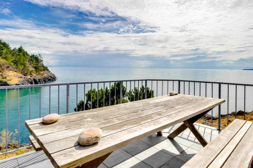 Seascape Panorama House -  Vacation Rental - Photo 1