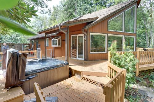 Shadowbrook Chalet - Rhododendron, OR Vacation Rental