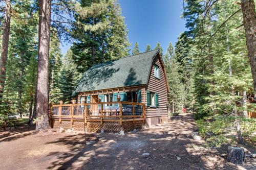 Uncle Billy's Palaka Cabin -  Vacation Rental - Photo 1