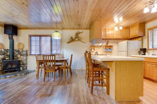 Walker Cabin - Carnelian Bay, CA Vacation Rental