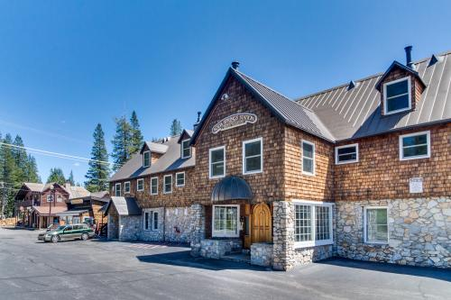 Serene Retreat - Soda Springs, CA Vacation Rental