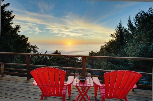 The Anchor House - Lincoln City Vacation Rental