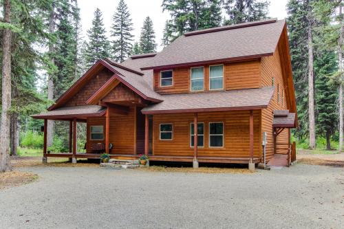 Warren Wagon House w/ boat dock - McCall, ID Vacation Rental
