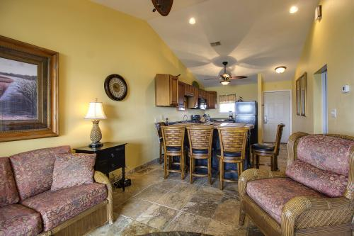 Bayview Beach Escape - Pensacola Beach, FL Vacation Rental