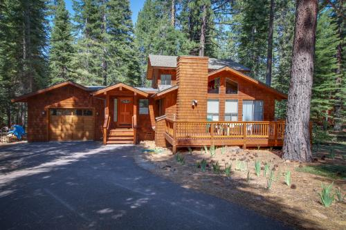 Beaver Pond Northstar Luxury Chalet with Hot Tub -  Vacation Rental - Photo 1