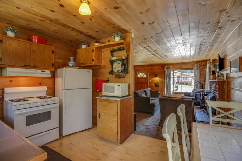 White Pine Cabin -  Vacation Rental - Photo 1
