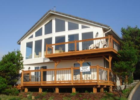The Boat House Retreat - Lincoln City Vacation Rental