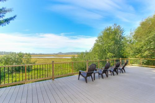 Sandlake Views House -  Vacation Rental - Photo 1