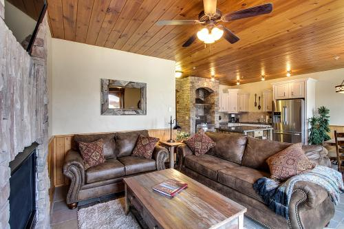 Timbercrest Luxury Lakeview Condo - McCall, ID Vacation Rental
