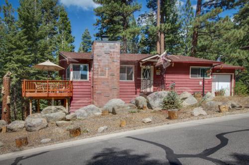 Bear Cabin - South Lake Tahoe, CA Vacation Rental