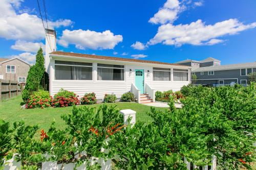 Plum Island Perfection -  Vacation Rental - Photo 1