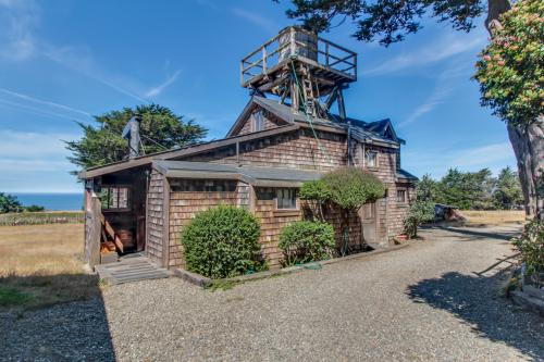 The Tower House at Fensalden  - Albion, CA Vacation Rental