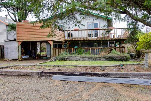 Bayocean Retreat - Cape Meares Vacation Rental