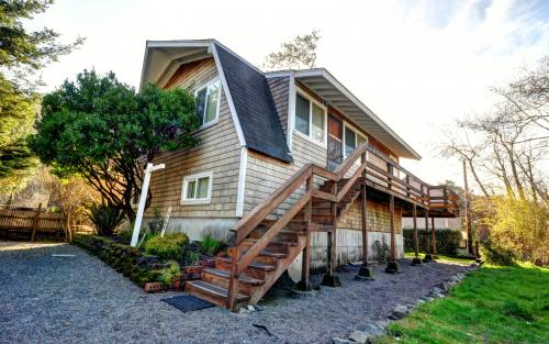 Cannon Resort - Arch Cape, OR Vacation Rental