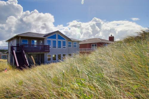 Beauty and the Beach -  Vacation Rental - Photo 1