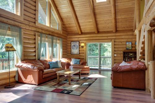 Salmon-Huckleberry Lookout - Welches, OR Vacation Rental