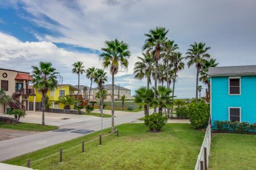 Casa Del Mar House + Studio  -  Vacation Rental - Photo 1